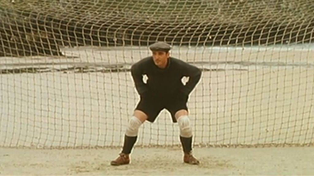 Learn Spanish with a movie about soccer: El Portero